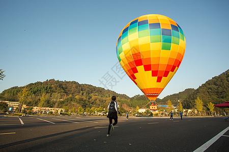 向往热气球图片