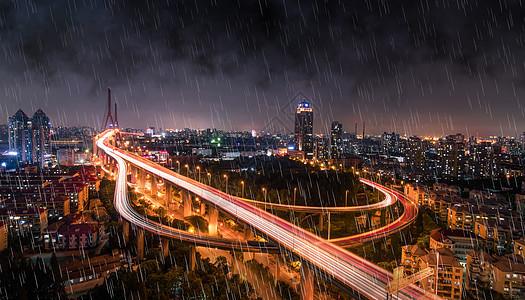 雨天城市背景图片