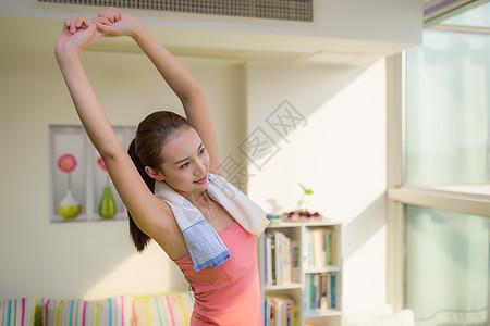 女性运动休闲放松图片