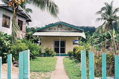热带岛屿的教堂图片