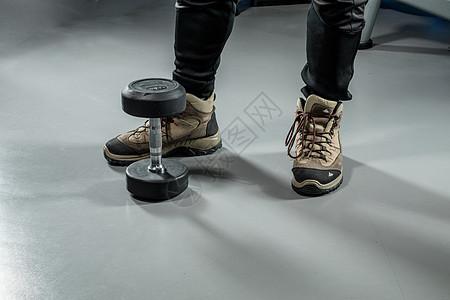 健身房运动器械场景图片