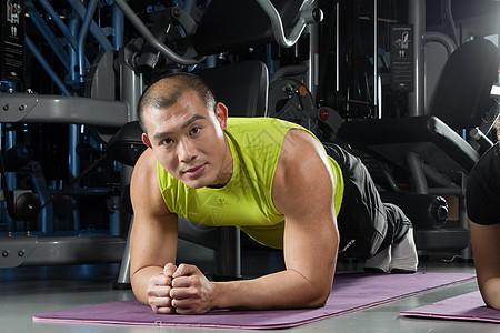 健身运动平板支撑图片