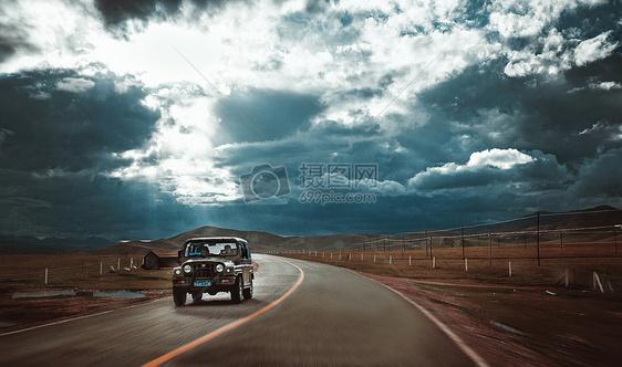 吉普车广告背景图片