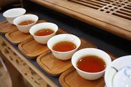 品茶  品茗 茶杯图片