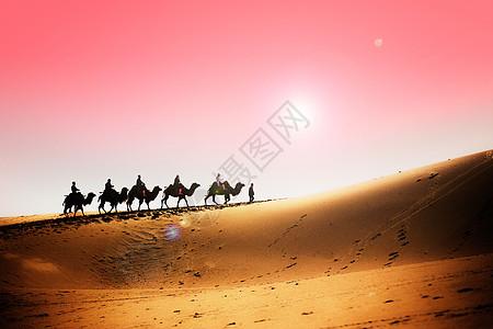 新疆鸣沙山沙漠驼铃图片