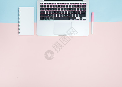 文具键盘桌面平铺图片