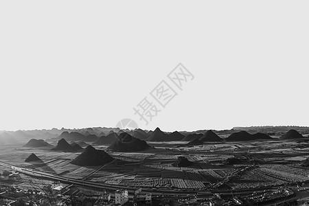 寂静的丘陵图片
