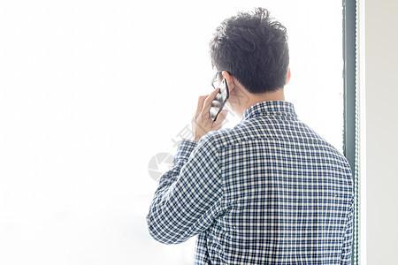办公室打电话通话图片