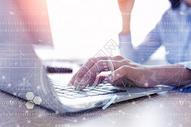 手指敲击键盘科技科幻图片