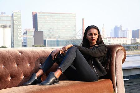 美丽的黑人小姐姐图片