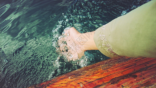 泸沽湖水图片