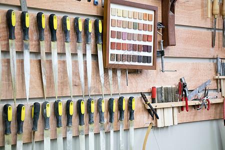 整齐摆放的手工工具手作图片
