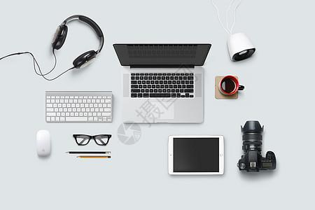 现代化办公桌面图片