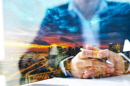 城市中的商业人士图片