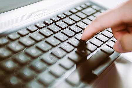 敲打键盘 商业成交图片