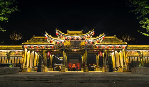 中式古建筑的夜景图片