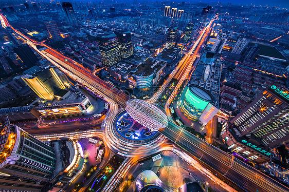 俯瞰上海五角场的夜景图片