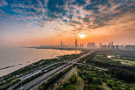 夕阳下的深圳湾图片