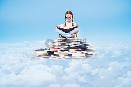 看书的孩子图片