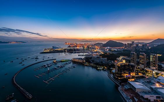 蓝色的港湾图片