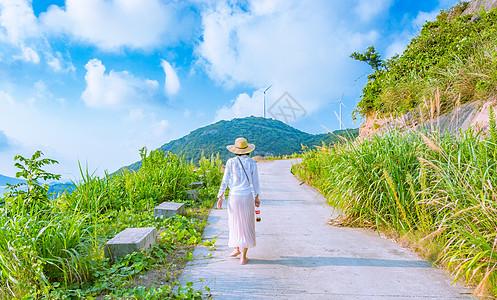 象山旅行女性背影图片