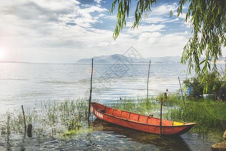 唯美的洱海小船图片