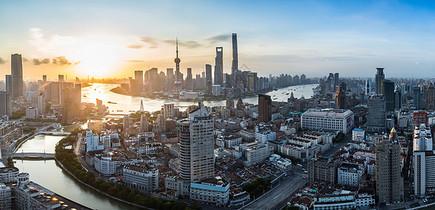 上海黄浦江外滩陆家嘴日出全景图图片