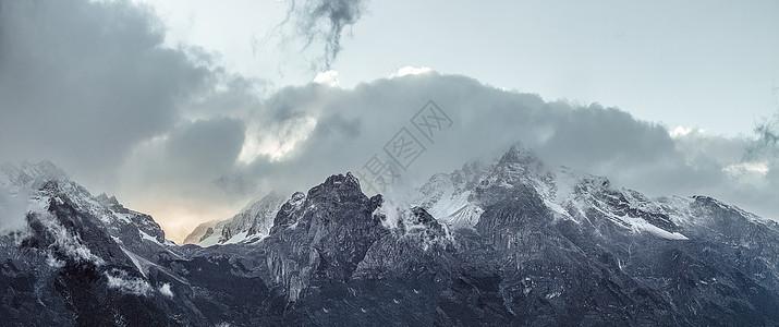 十月的玉龙雪山图片
