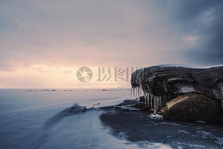 赛里木冰封图片