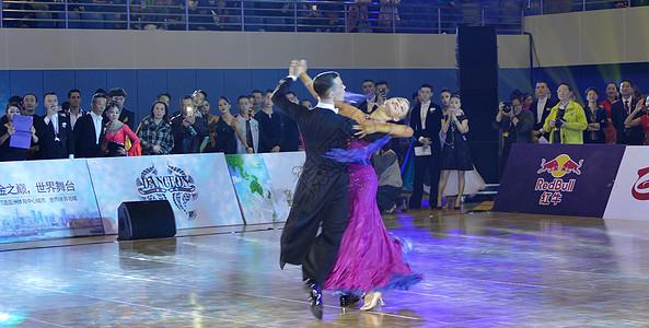 舞蹈比赛图片