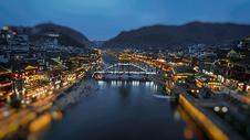 凤凰古城移轴夜景图片