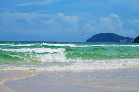 沙滩浪花图片
