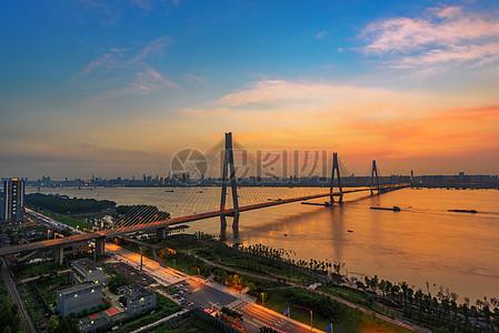 武汉城市长江大桥图片