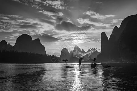 漓江打渔人图片