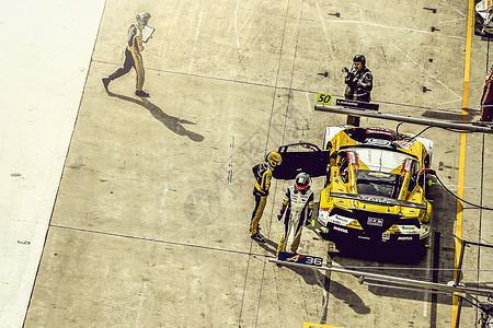 赛车维修区图片