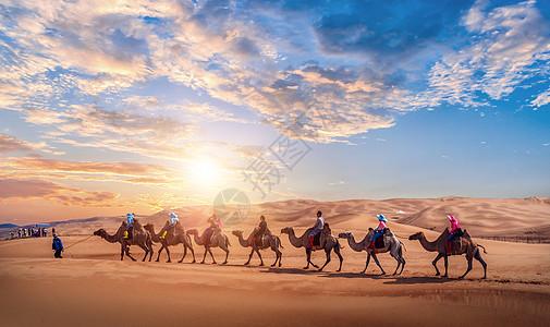 沙漠中的风景图片