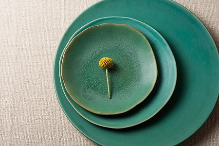 日本旧式瓷器彩色搭配图片