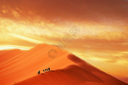 沙漠共天一色图片