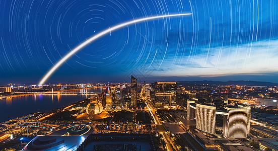流星陨落下的城市图片