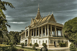 神圣的柬埔寨王宫图片