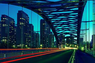 铁架桥图片