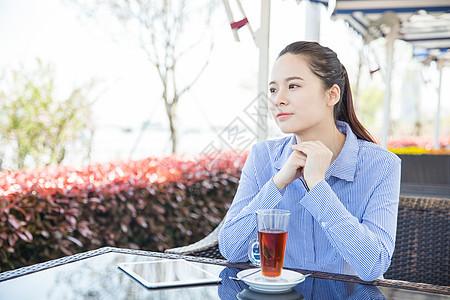 咖啡馆女孩下午茶等待图片