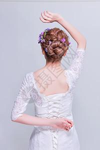 清新花艺创意妆面美女背面图片