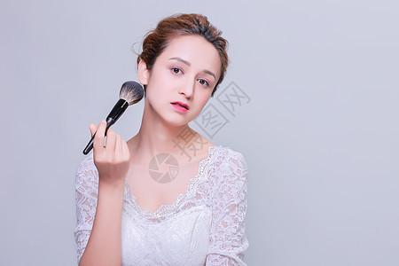 清新妆面美女化妆刷广告图片