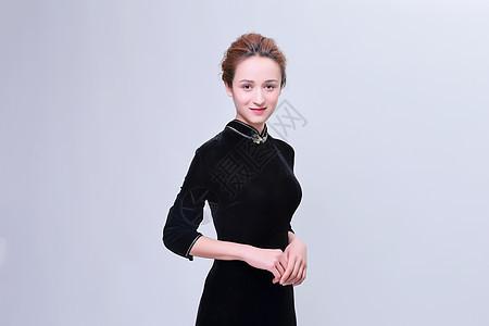 大方中国风旗袍美女妆面图片