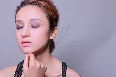 创意浓妆性感美女展示图片
