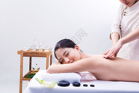 养生美容性感美女做spa按摩图片