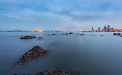 栈桥湾畔图片