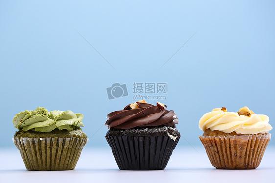 各种颜色的蛋糕图片