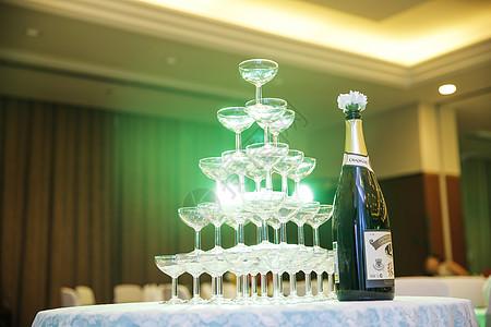 聚会中的香槟图片